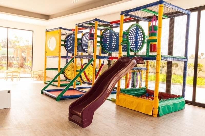 36 de 39: Juegos de niños / guarderia