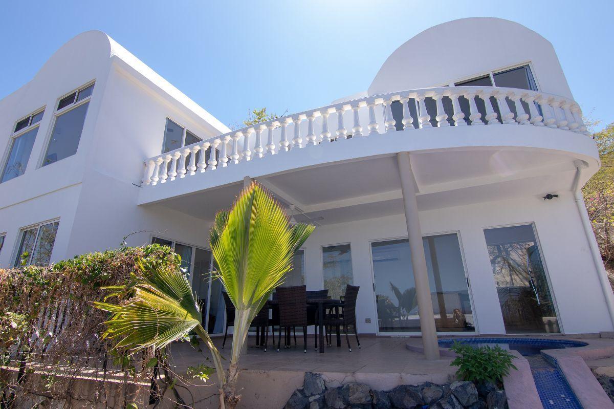 1 of 14: Casa Bella Luna