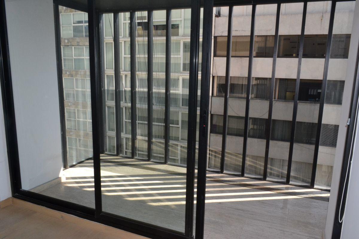 23 de 28: Balcón privado recámara principal