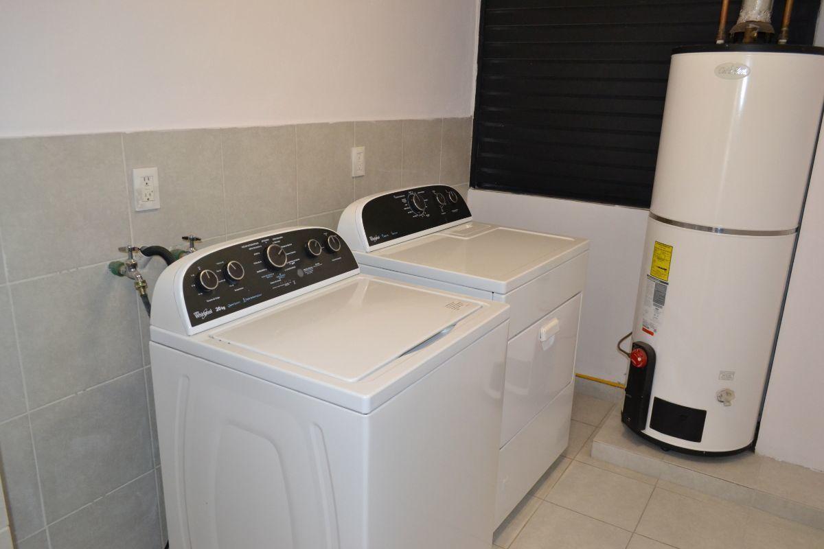 26 de 28: Área de lavandería