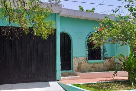 Medium eb by3960