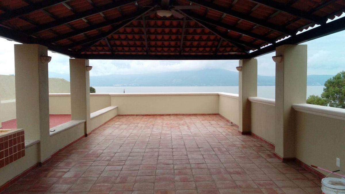 7 de 23: Roofgarden con vista panóramica al Lago de Chapala