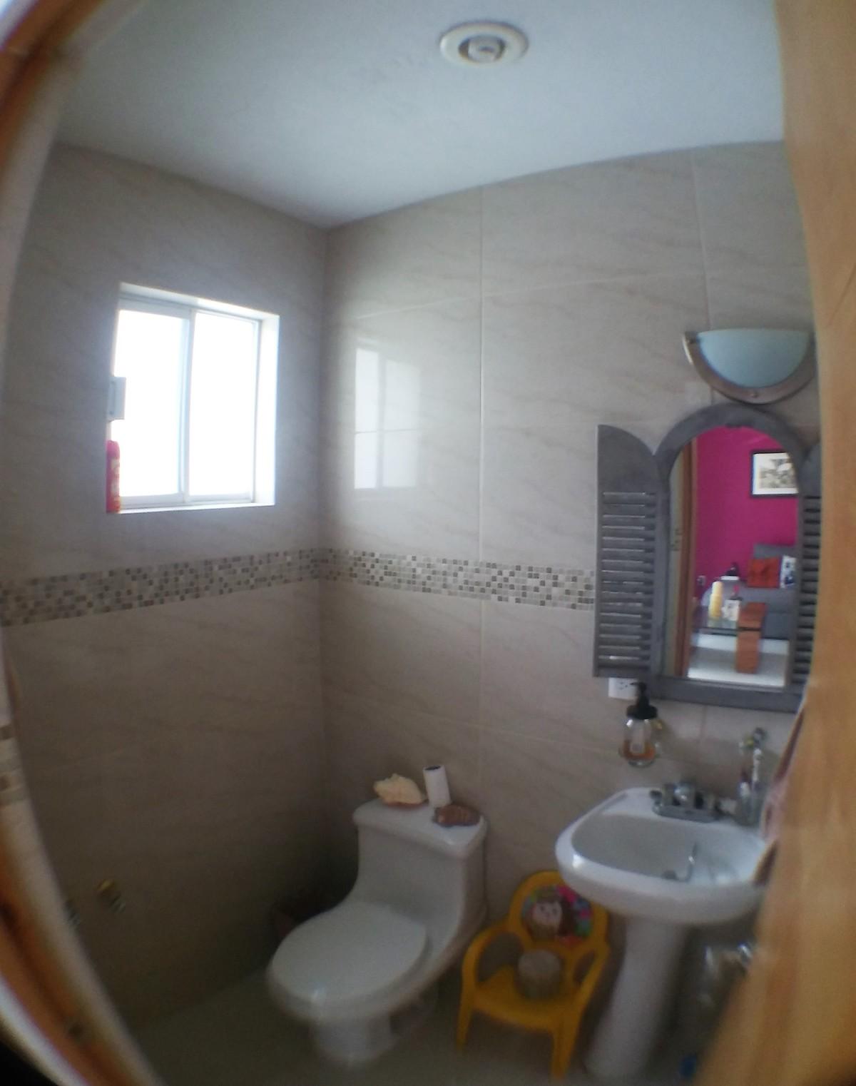 5 de 12: Medio baño