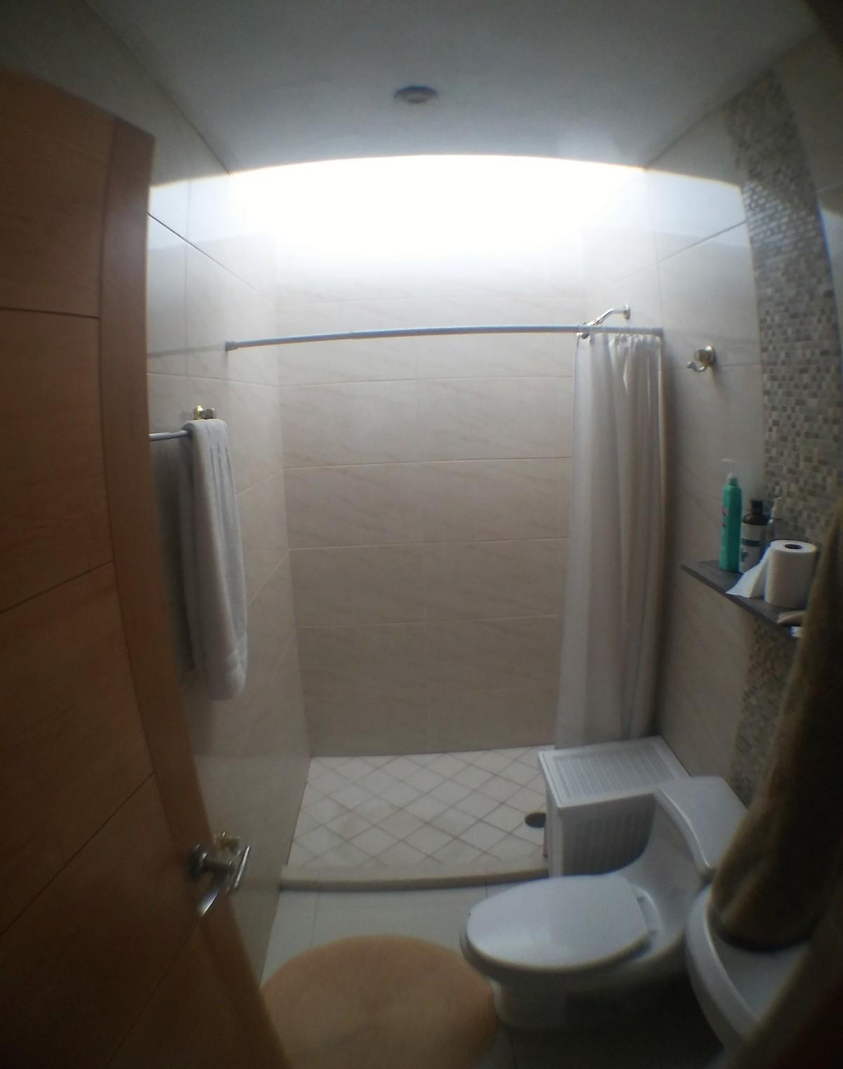 8 de 12: baño común planta alta