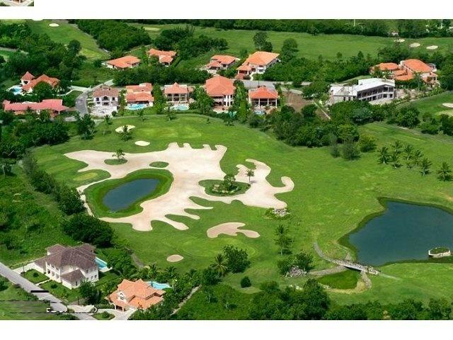 1 de 4: Campo de Golf Los Marlins