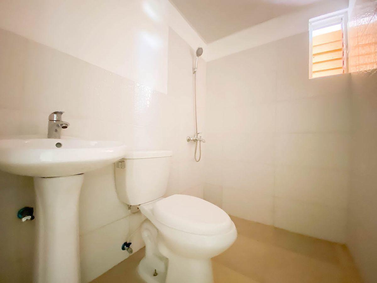 7 de 11: Baño Habitación #1