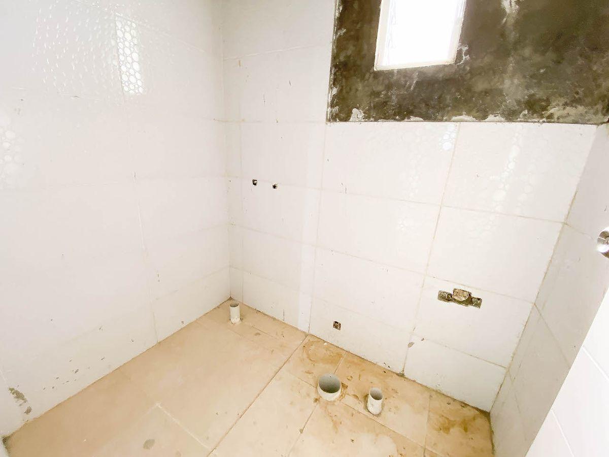 10 de 10: Baño Habitación #2