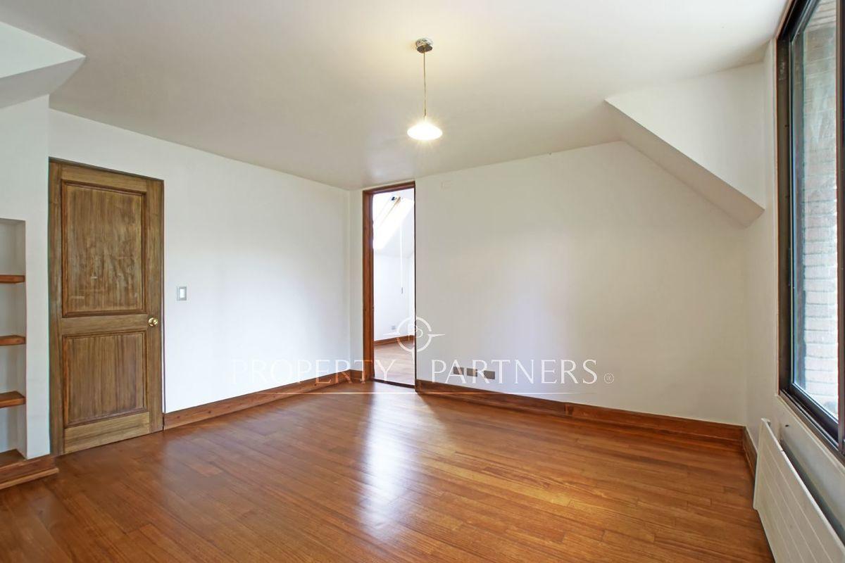 15 de 19: Dormitorio  4 segundo piso
