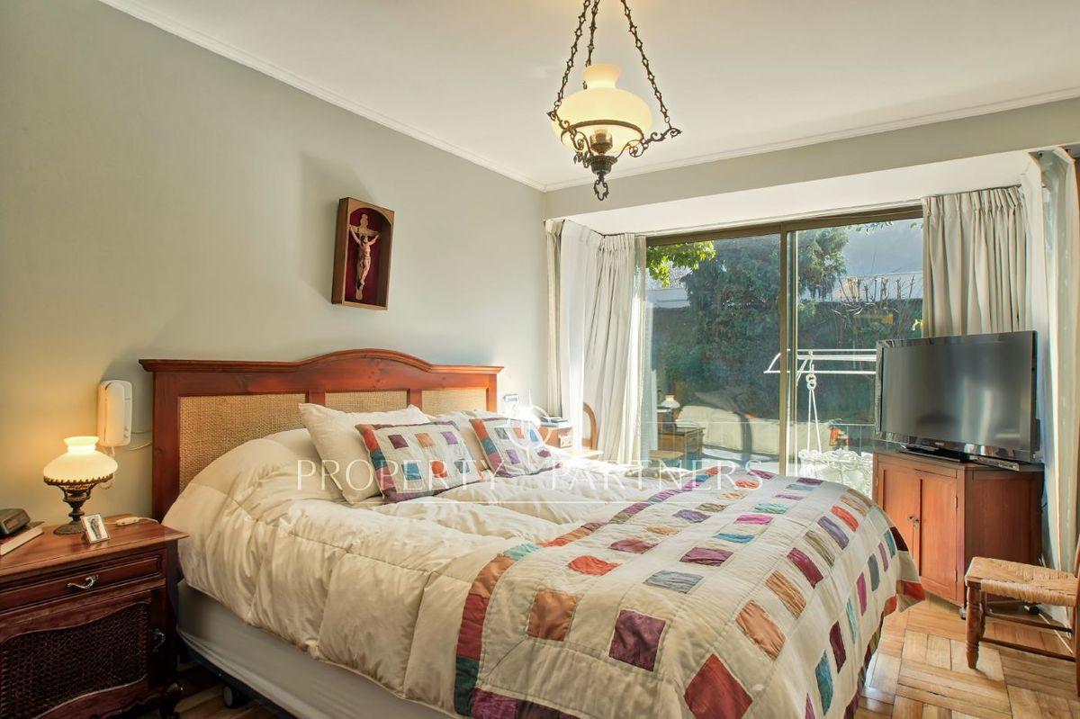 7 de 12: Dormitorio principal