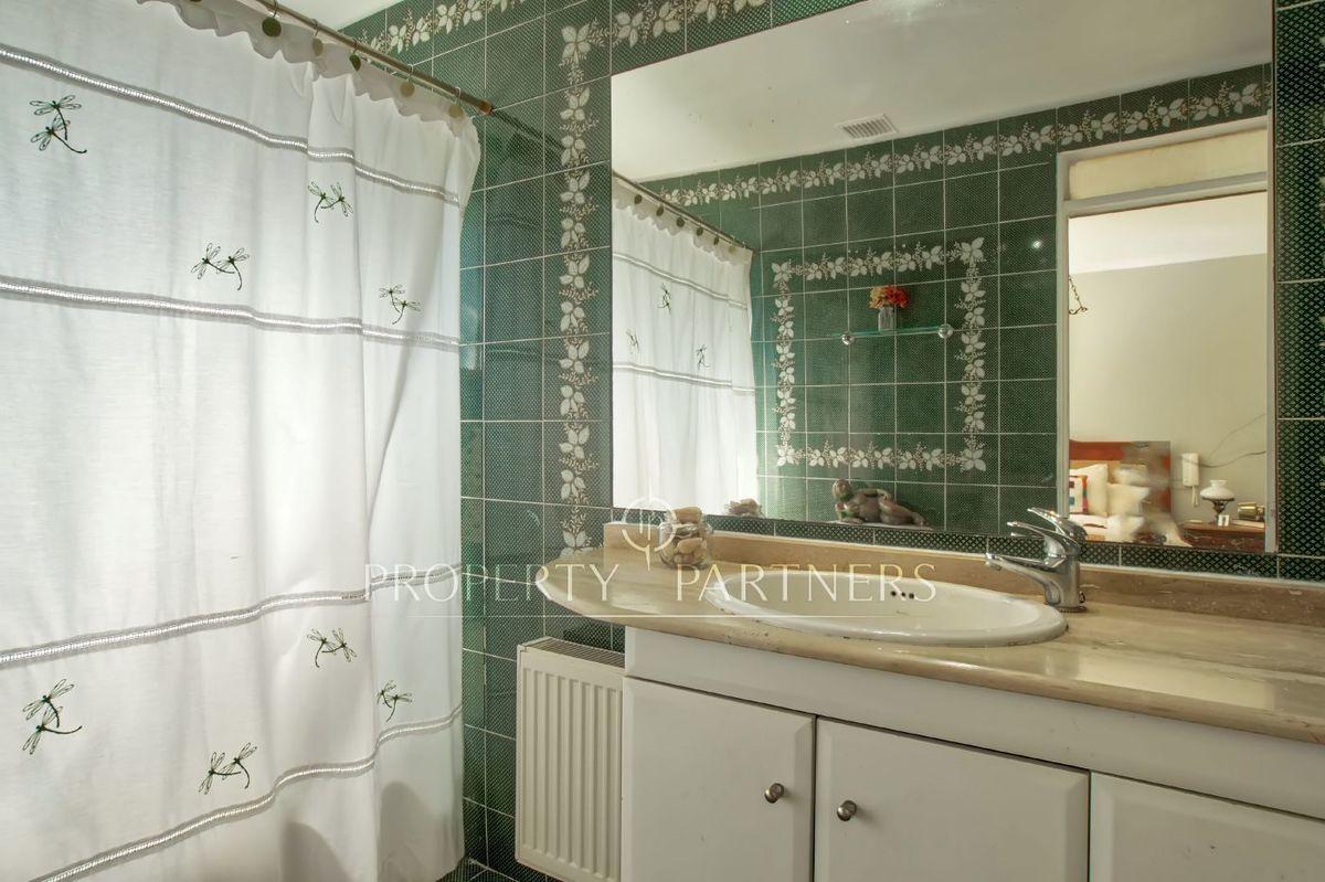 10 de 12: Baño pieza en suite
