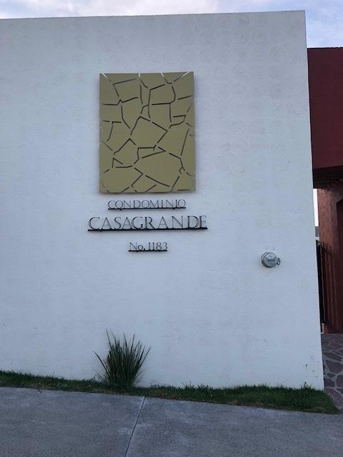 1 de 3: Condominio Casa Grande dentro de la Vista Residencial