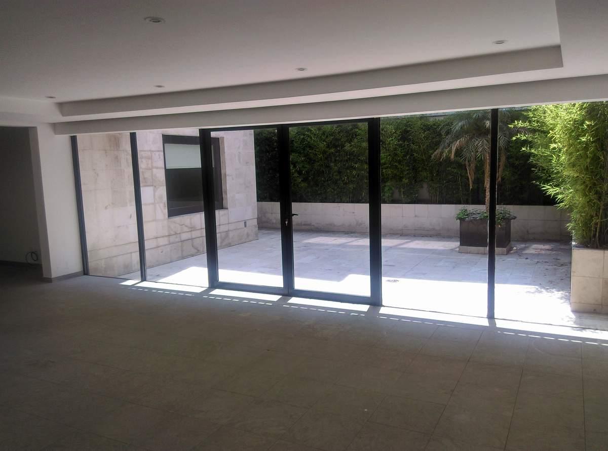 1 de 14: sala con salida a la terraza