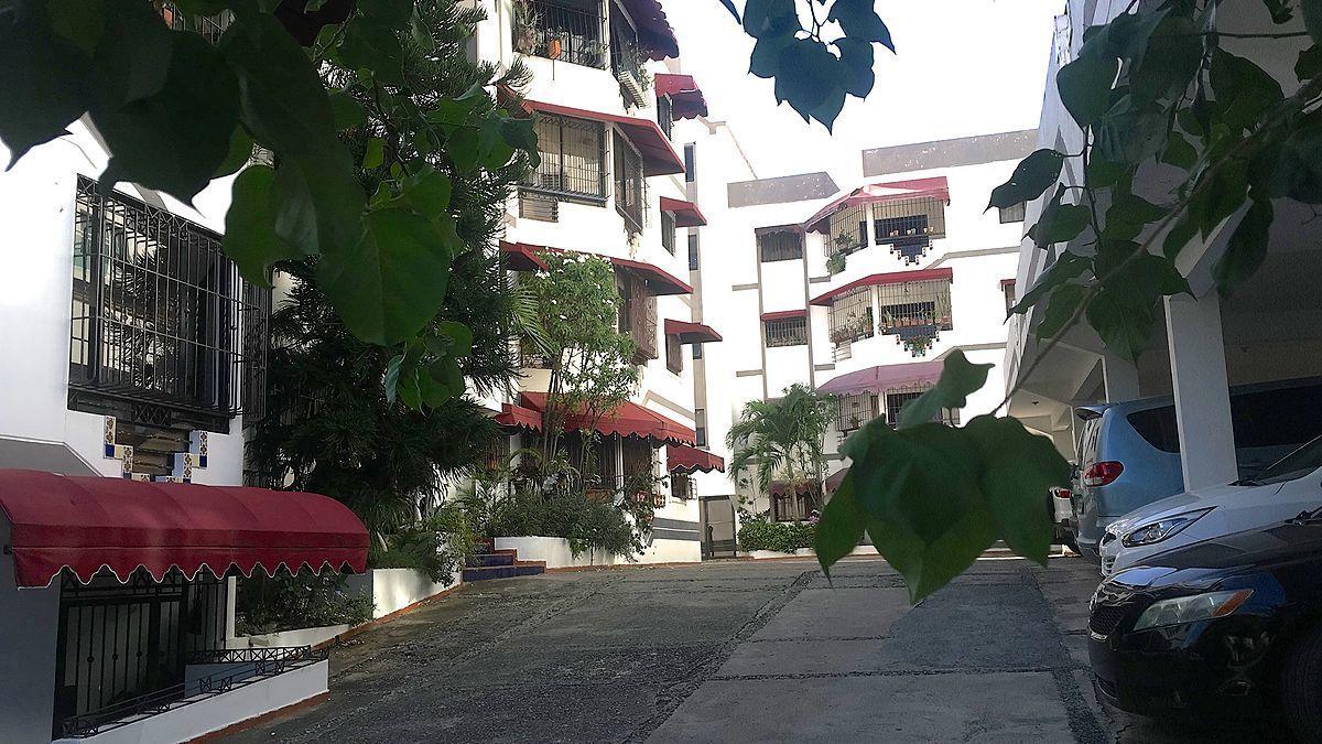 1 de 14: Fachada del residencial