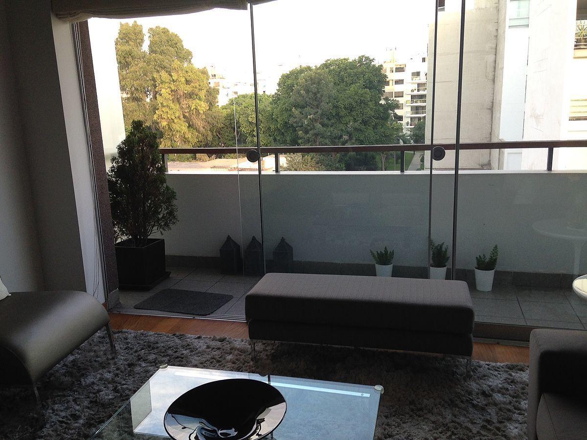 1 de 14: Sala con terraza
