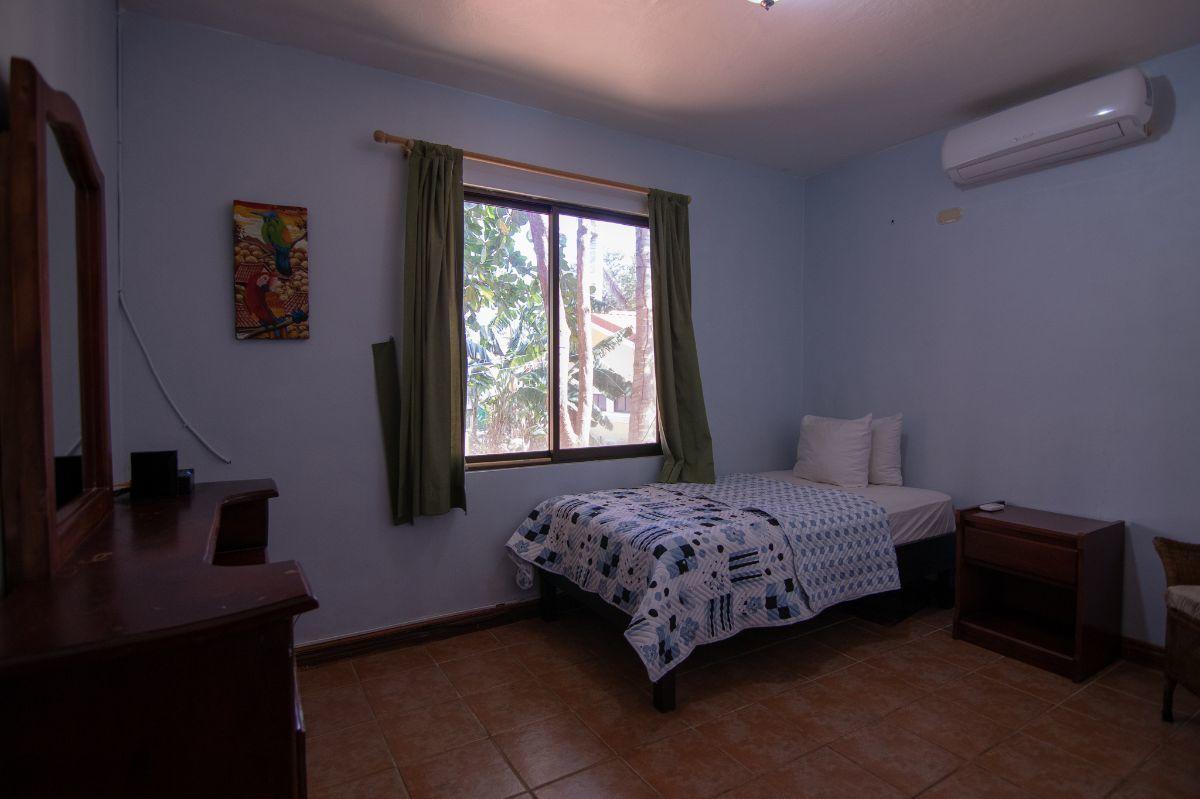 8 of 12: 2nd bedroom