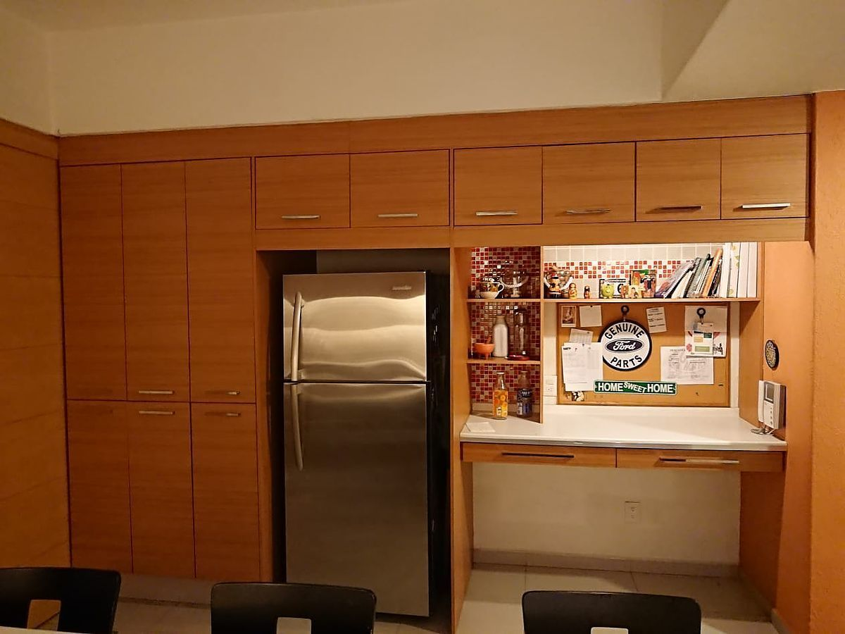 4 de 24: D Cocina y office