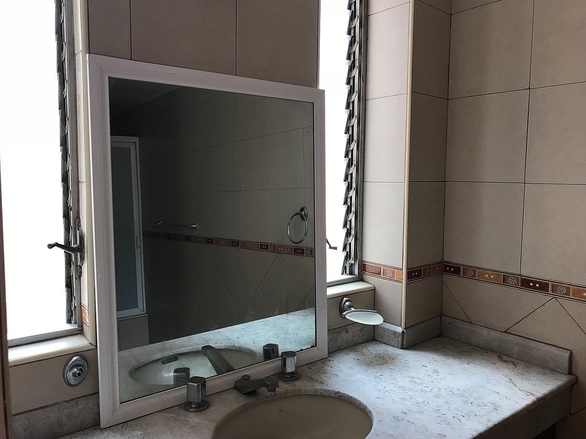 13 de 19: Baño Principal