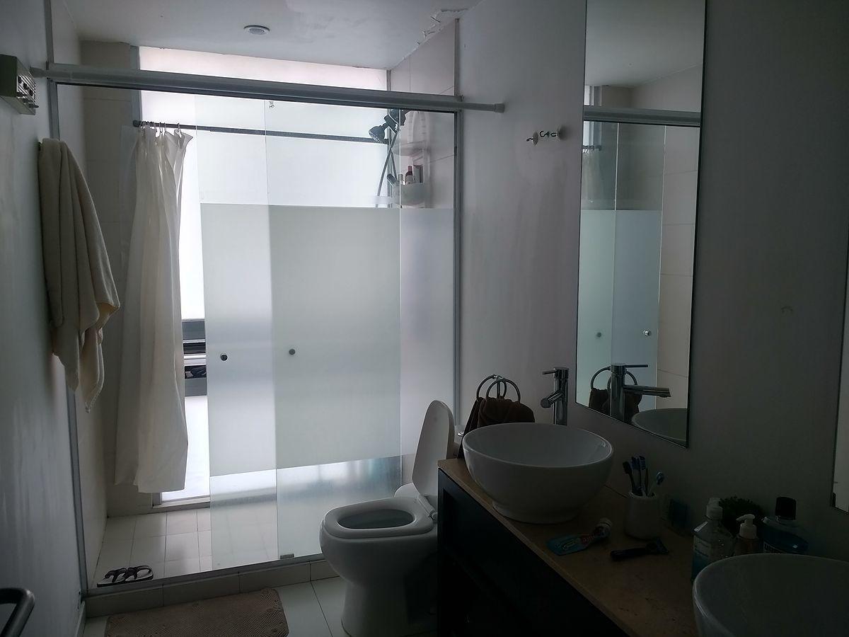 13 de 28: Baño Habitación Principal. :)
