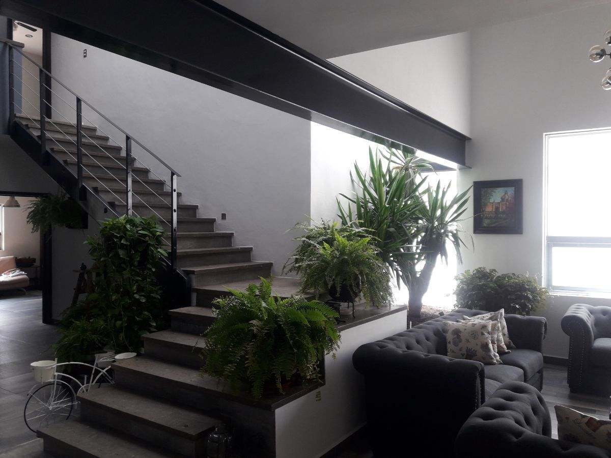 5 de 18: Escaleras