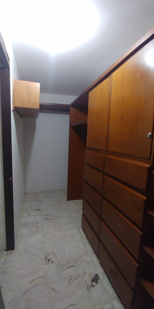 21 de 46: Closet Rec 1