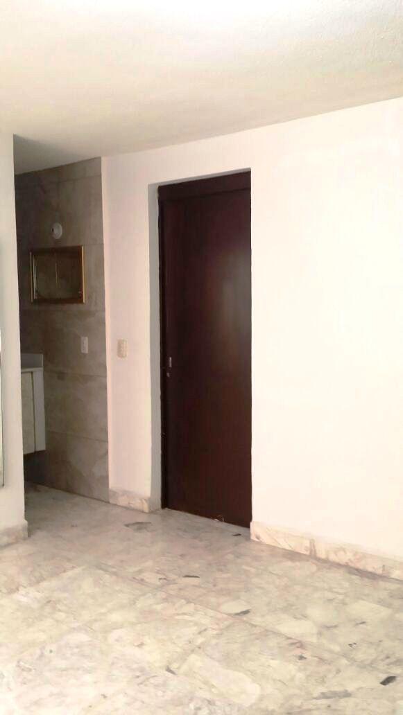 20 de 46: Baño Rec 1 con closet