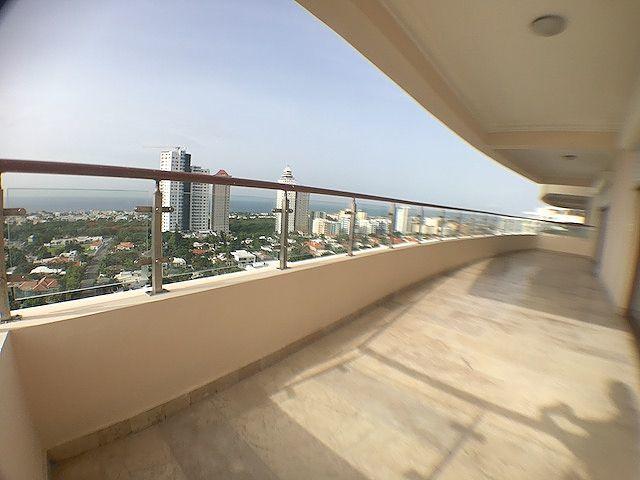 3 de 19: Balcón tipo Terraza con Vista al Sur y Mar Caribe