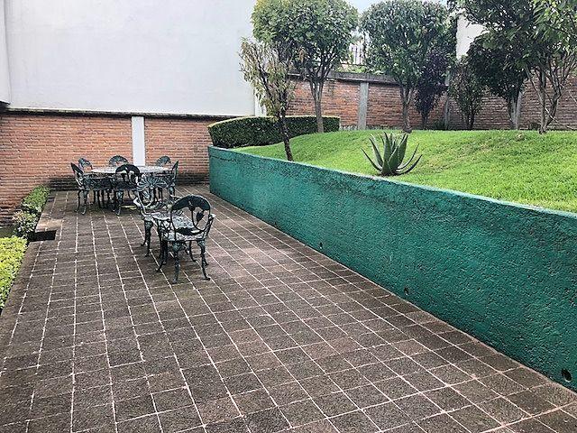 1 de 11: Jardin y terraza
