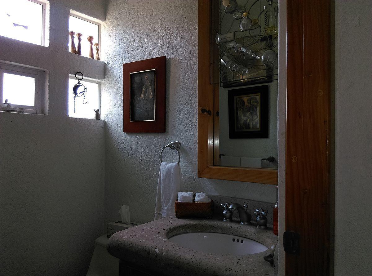 10 de 19: Baño planta baja
