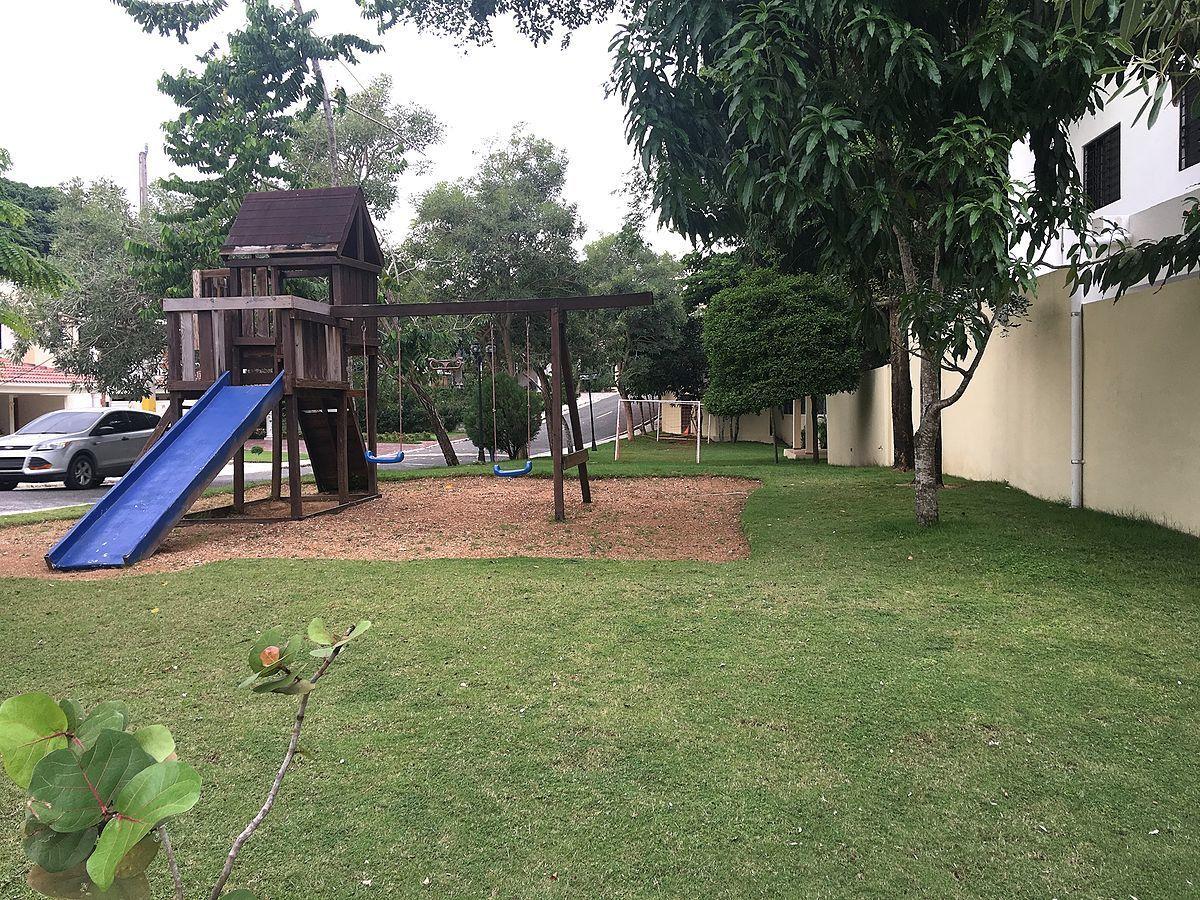 40 de 42: Area de juego infantil