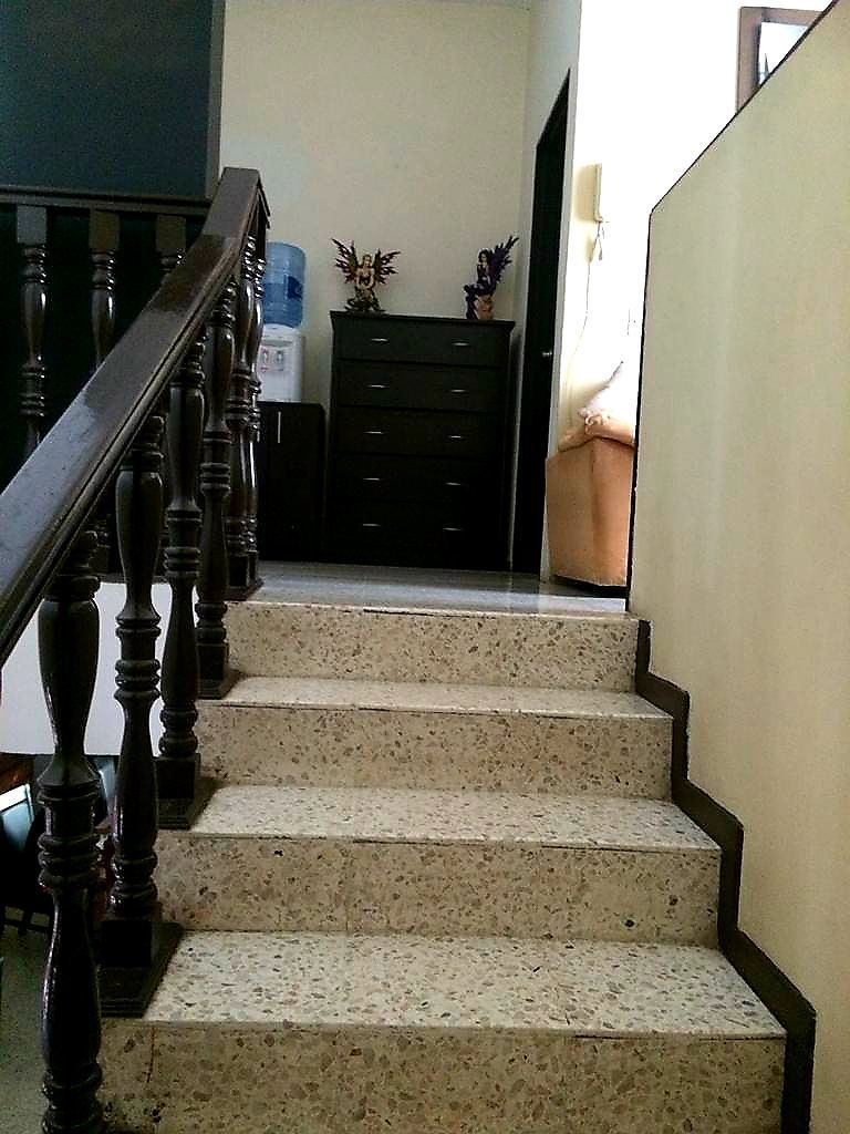 13 de 14: escaleras