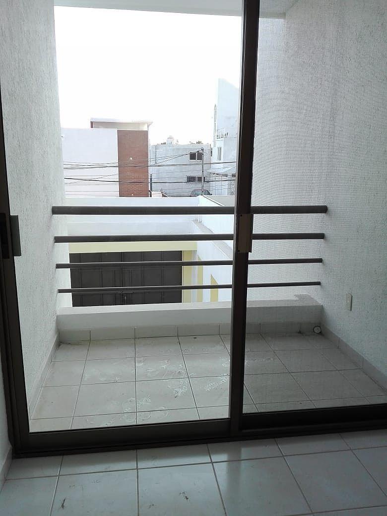 19 de 21: balcon