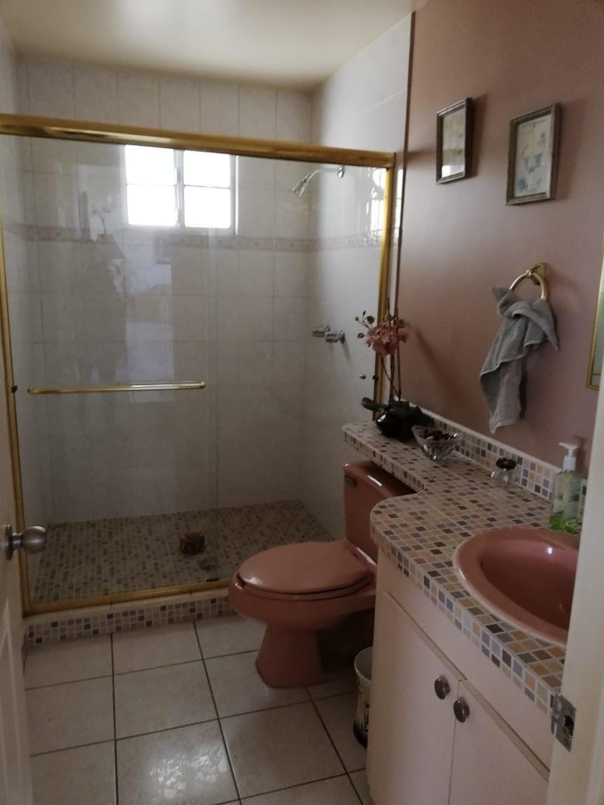 8 de 9: baño