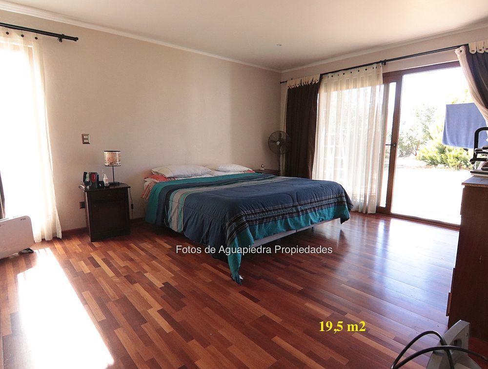 12 de 26: Dormitorio Principal en suite y walking closet