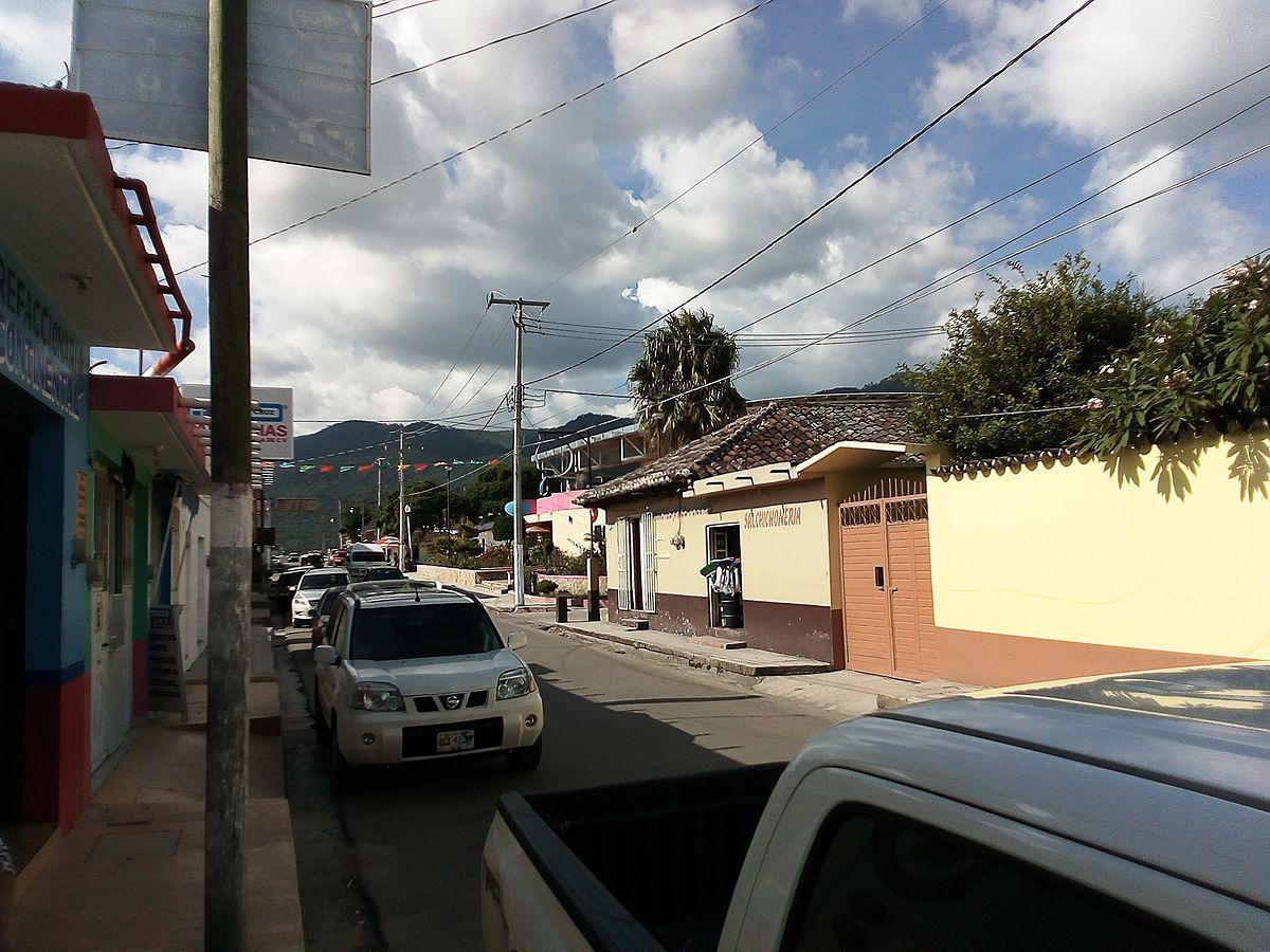 2 de 9: Vista de la Avenida Central