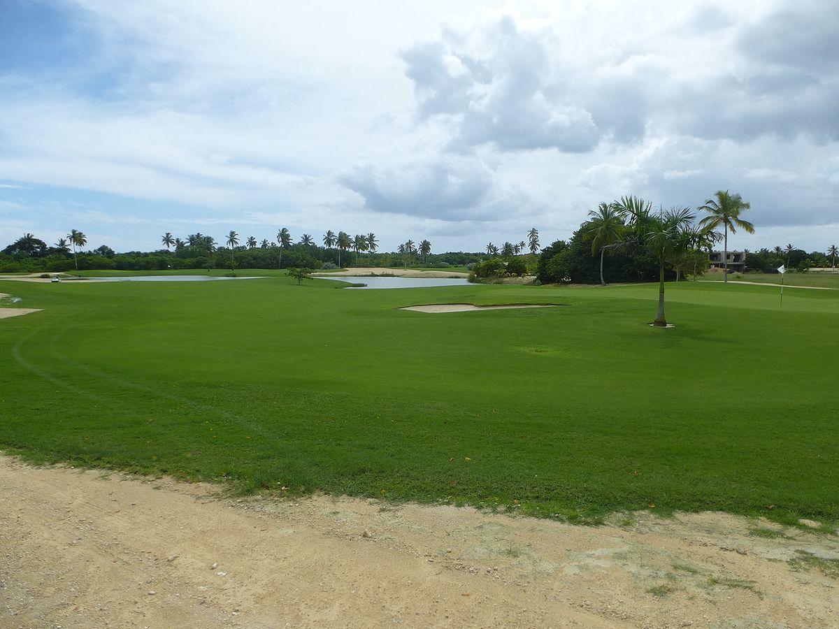 2 de 2: próximo a este campo de golf