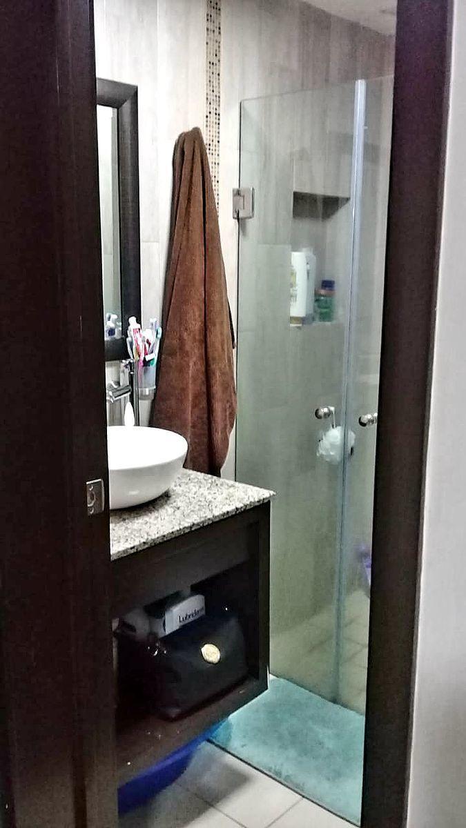 6 de 6: baño completo
