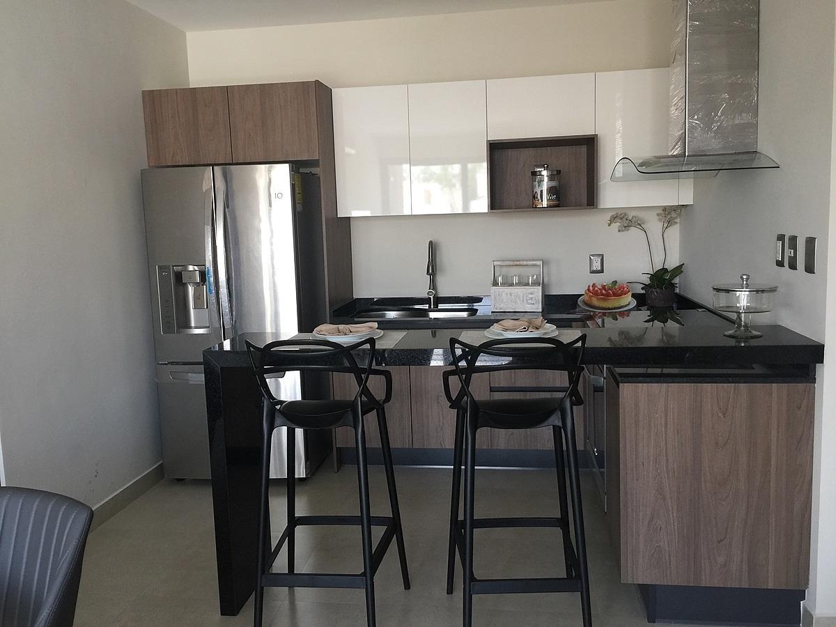 11 de 24: Departamento Muestra Cocina y Barra