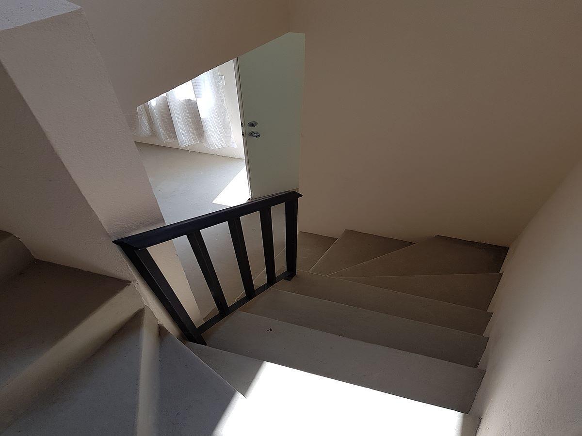9 de 18: escaleras