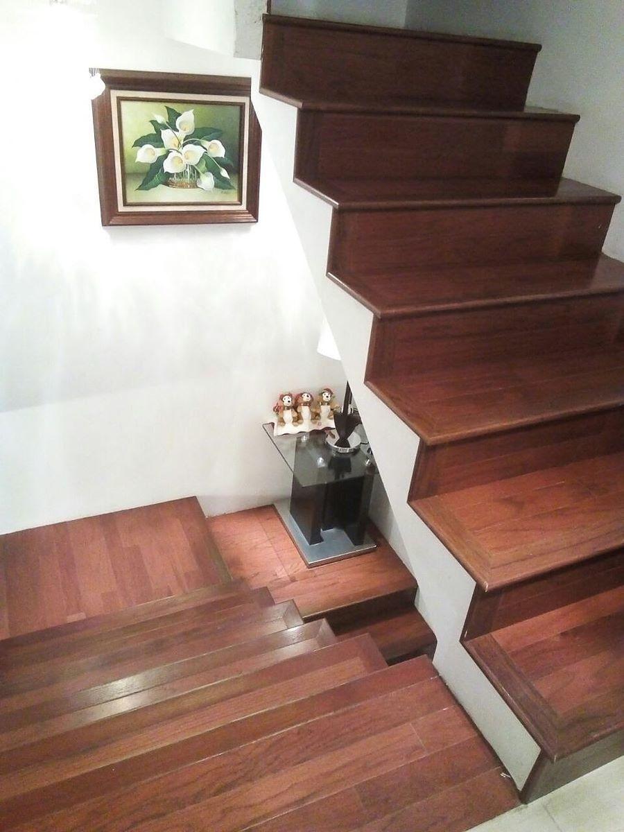 8 de 15: acabados en escaleras