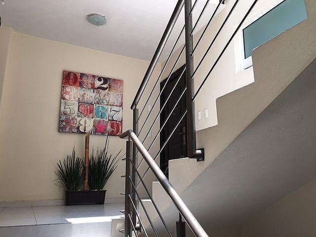 14 de 19: Escaleras