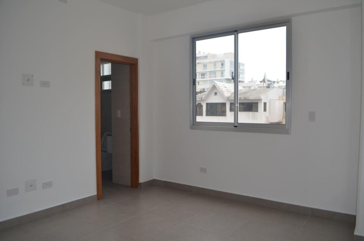 17 of 18: Habitación del apartamento