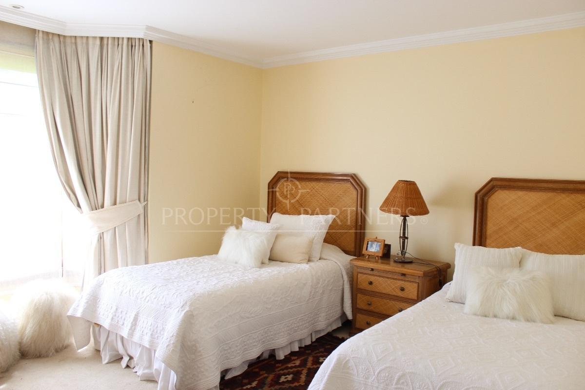 12 de 19: Dormitorio
