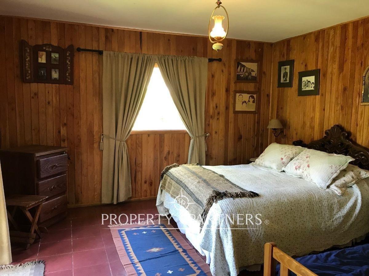 10 de 22: Dormitorio suite.