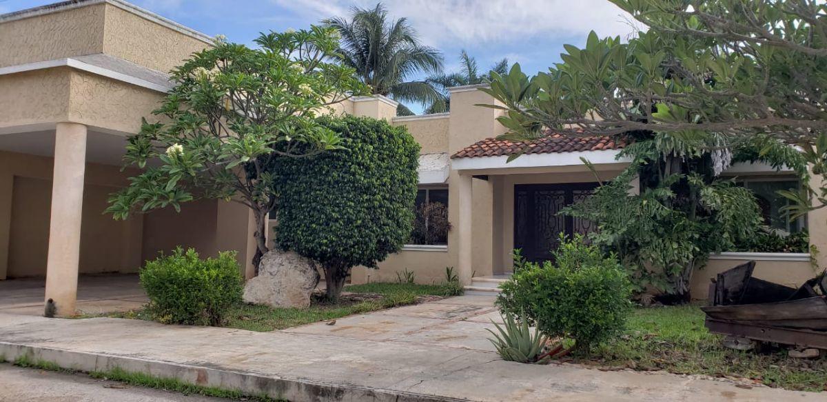 Casa De Una Planta En Venta Al Norte De Mérida En Residencial Alborada