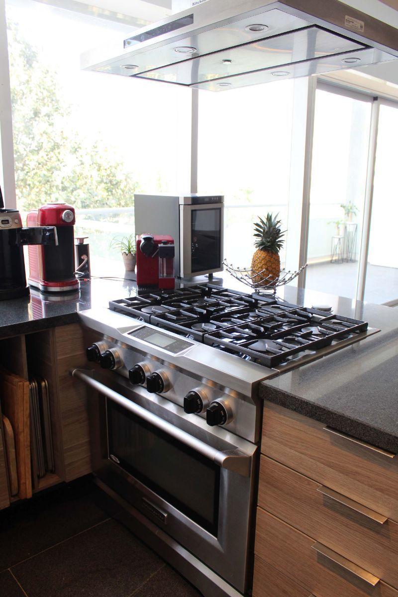 9 de 17: Estufa de alta calidad marca KitchenAid