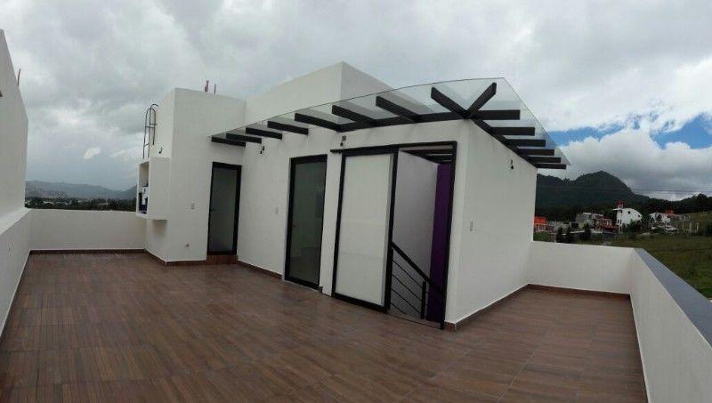 5 de 5: Terraza, cuarto y baño de servicio