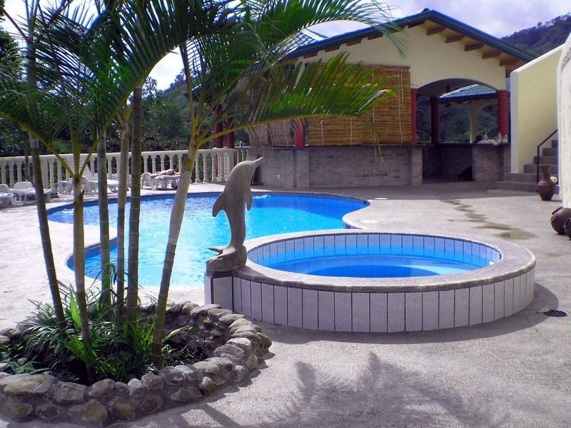 7 de 31: Pool area