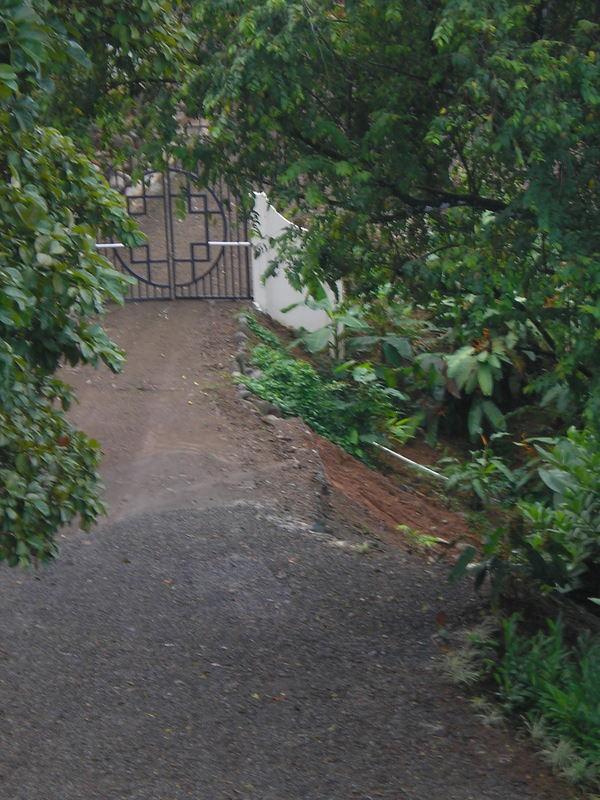 31 de 31: Entry gate