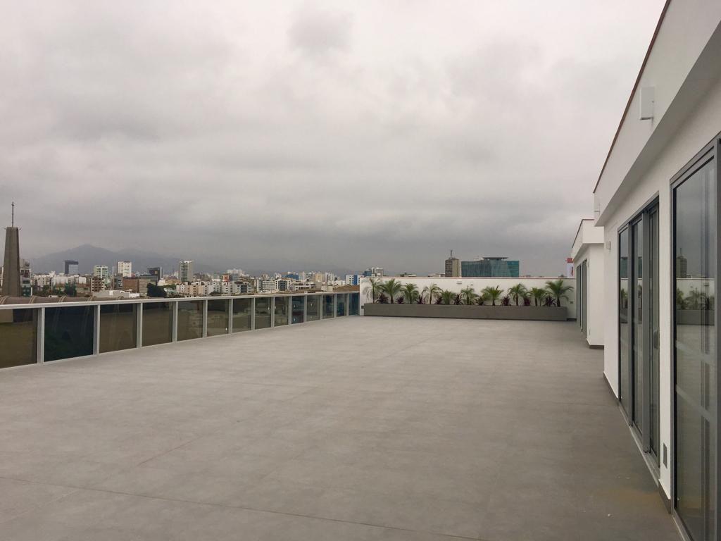 14 de 15: Gran Terraza como área Común del edificio