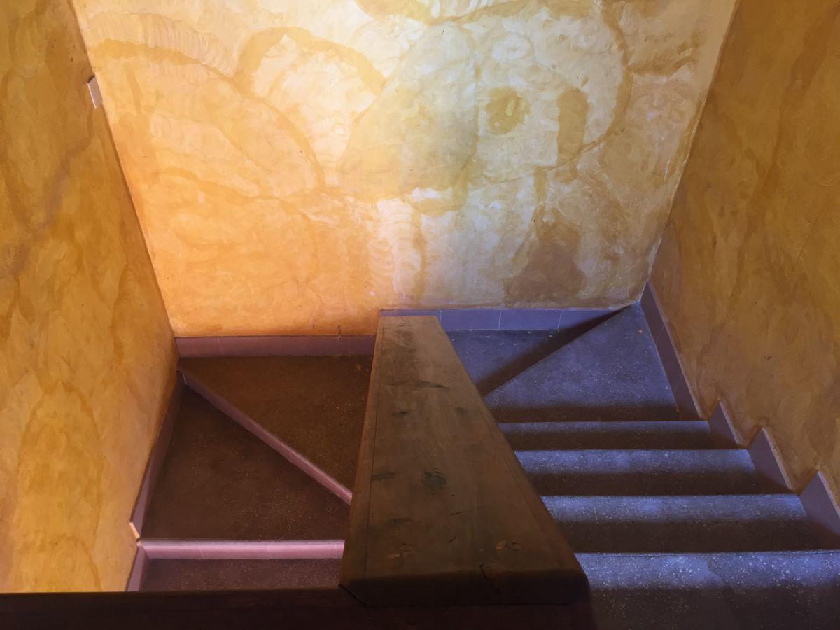 9 de 23: Escaleras